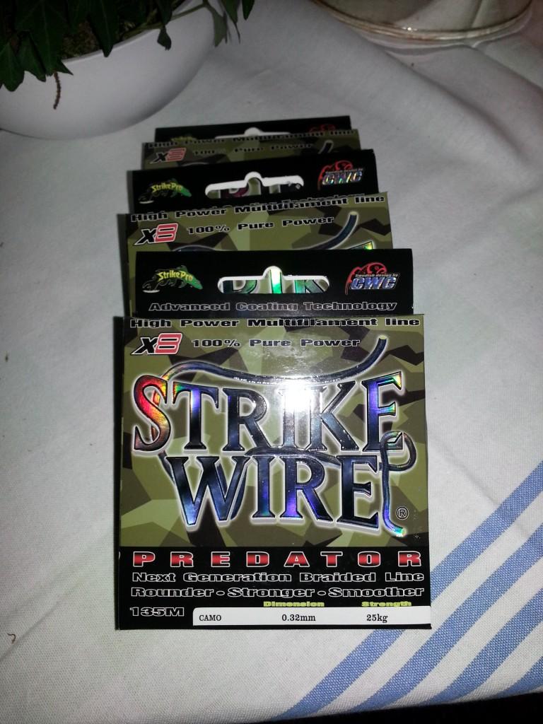Strike Wire Predator 0,23, 0,28, 0,32 Camo färgad