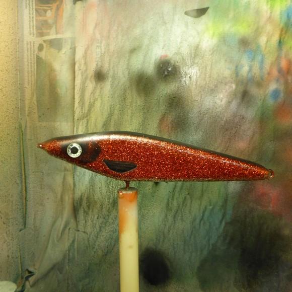 Precis färdigmålad Red Baron. Glittrar som bara den. Än värre blev det när Epoxin kom på :-)