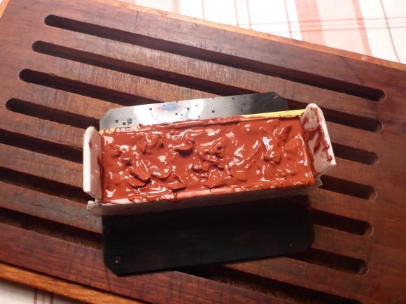 Andra lagret pålagt med ett lager släppvax mellan.